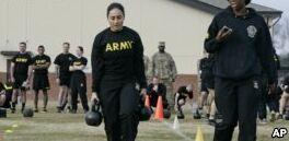 """VOA慢速英语:美国陆军开发了新的""""战斗体能测试"""""""