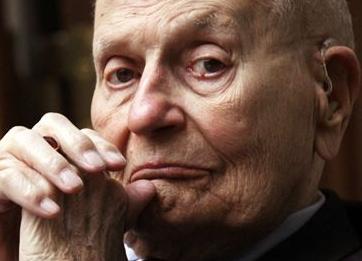 英语访谈节目:美史上在任时间最长议员去世