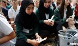 VOA慢速英语:清真寺枪击事件影响新西兰孟加拉人社区