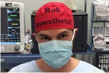 超贴心!手术帽上写名字,医生的这个小创意关键时刻能救人