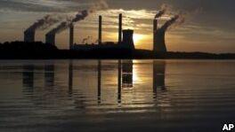 VOA慢速英语:气候变化怀疑论者针对学校的科学课程