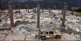 VOA慢速英语:随着加州野火摧毁城镇 健康威胁也随之出现