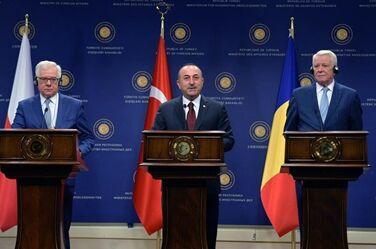 国际英语新闻:Turkey understands NATO's concerns on Russian missile deal: FM