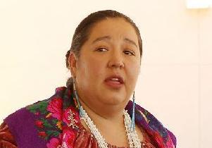 英语访谈节目:关注美国土著居民的性侵问题