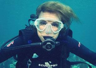 英语访谈节目:激发人们对海洋的热爱
