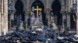 VOA慢速英语:美国捐赠者支持重建巴黎圣母院