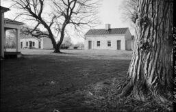 VOA慢速英语:400年前 第一批被奴役的非洲人来到美国