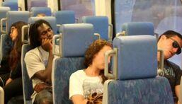 我怎么又在地铁上睡着了…