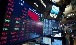 VOA慢速英语:美国经济是否接近衰退?