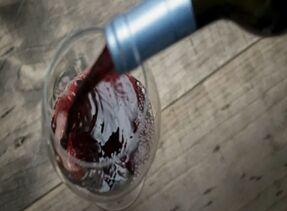 喝红酒前为什么要冰镇?