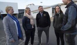 VOA慢速英语:冰岛通过宵禁和青年中心减少青少年饮酒