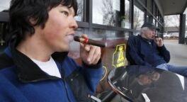 VOA慢速英语:香烟的警示将会是彩色大图