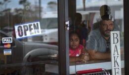VOA慢速英语:在巴哈马寻找教室空间