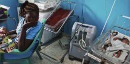 VOA慢速英语:联合国称全球婴儿和孕妇 每11秒就有一人死亡