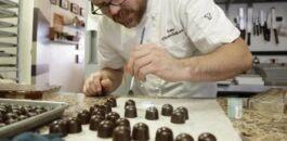 巧克力爱好者的坏消息:它可能对你的视力没有帮助