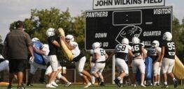 VOA慢速英语:研究称美国高中体育运动反复发生脑震荡