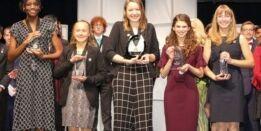 VOA慢速英语:美国女孩获得最高科学奖