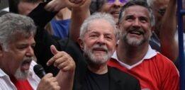 VOA慢速英语:巴西总统卢拉将重返监狱或竞选总统