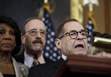 国际英语新闻:Spotlight: U.S. House Democrats move forward with two articles of impeachment against Trump