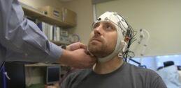 VOA慢速英语:什么是慢性疲劳综合症?