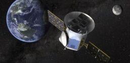 """VOA慢速英语:美国宇航局观察员在""""可居住区""""发现地球大小的世界"""