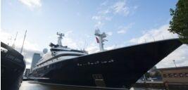 VOA慢速英语:大多数美国人支持对超级富豪征收财富税
