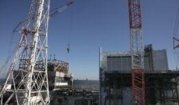日本努力清理福岛核灾难