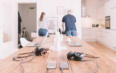 如何与伴侣一起愉快地在家办公?专家给你支招