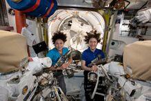 国际空间站三名宇航员返航后发现地球变了