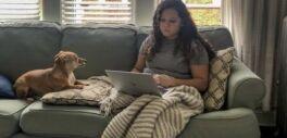 VOA慢速英语:外向者与内向者在社交距离上面临的困难