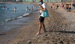 VOA慢速英语:西班牙推动进一步解封 旅游7月重启
