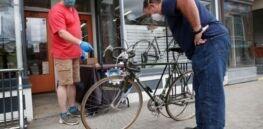 VOA慢速英语:新冠病毒导致全球自行车销量爆增和产品短缺