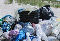 研究:2040年全球塑料垃圾至少将达到7亿吨