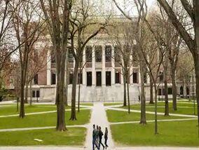 哈佛允许部分学生秋季到校