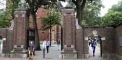 VOA慢速英语:哈佛联手麻省理工就国际学生签证新规起诉联邦政府