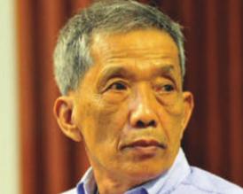 经济学人下载:前红色高棉监狱长杜赫(2)