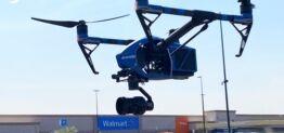 VOA慢速英语:沃尔玛尝试使用无人机运送新冠检测试剂盒