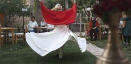 VOA慢速英语:年轻的阿富汗男女一起表演苏菲舞