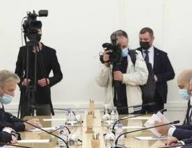 英语访谈节目:亚美尼亚和阿塞拜疆冲突持续