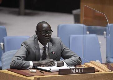 国际英语新闻:UN Security Council returns to its own chamber for meeting