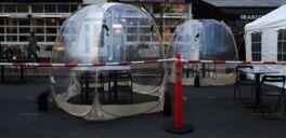 VOA慢速英语:餐馆的帐篷能预防新冠病毒感染吗?