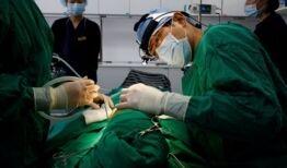 VOA慢速英语:新冠疫情期间韩国整容手术需求增多