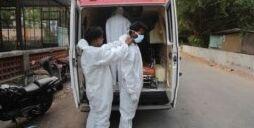 VOA慢速英语:专家们好奇为什么印度的新冠病例数会减少