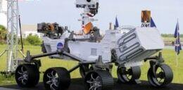 VOA慢速英语:美国宇航局毅力号火星车成功登陆火星
