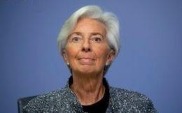 VOA慢速英语:当女性掌管经济时会发生什么?