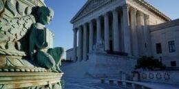 VOA慢速英语:谷歌在美国最高法院版权案中战胜甲骨文